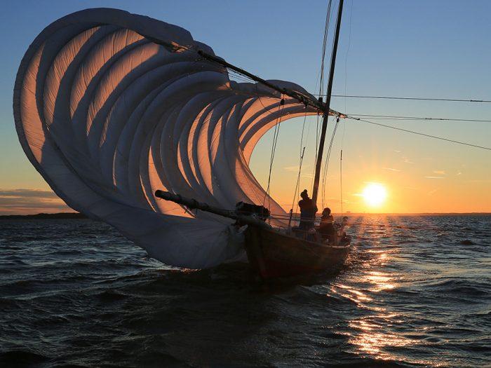 第17回世界湖沼会議開催記念特別賞「紅の帆」・長谷川正一